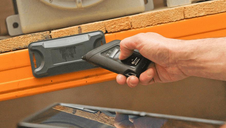 AUTO ID i Ex-sone med RFID Tagger og håndholdt leser